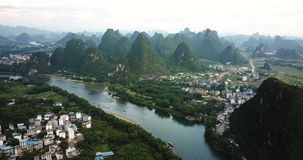 Li river and amazing karst rocks scenery in Yanhshuo, China. Footage stock footage