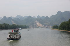 The Li river. Cruise on the Li river, Guilin - China stock photos