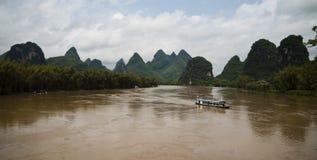 Li River em Yangshuo (Guilin, China) Imagens de Stock