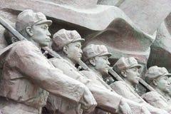 LIAONING, CHINA - 28 Juli 2015: Het Vrijwilligersleger S van Chinese Mensen stock foto