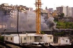 Libańscy protesty Ludzie w środkowym Bejrut palą grat i opony jako protestacyjny Bejrut, zdjęcie stock