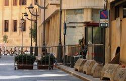 Libanese-Armee zwingt blockierte Straße zu Quadrat Beiruts Nejmeh Stockbilder