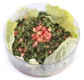 Libanese salade - tabouleh (geïsoleerd) Royalty-vrije Stock Afbeeldingen