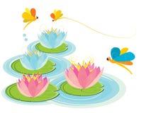 Libelleflugwesen über einer Wasserlilie Lizenzfreies Stockfoto