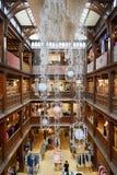 Liberdade, interior luxuoso do armazém em Londres Fotografia de Stock Royalty Free