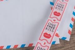 Libere el beso Fotografía de archivo libre de regalías