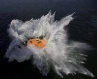 Libere el bote salvavidas de la caída Foto de archivo libre de regalías