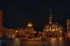 Liberec, Tsjechische republiek - 20 Januari, 2018: Namestidr. Benesevierkant met de historische neo-renaissance bouw van stadhuis Stock Foto's