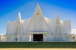 LIBERIA, COSTA RICA, JUNIO, 21, 2018: Vista al aire libre de la iglesia blanca hermosa de Liberia Guanacaste Costa Rica en magníf fotografía de archivo