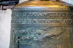 Liberty Bell detalj - Philadelphia, Pennsylvania, USA Arkivfoton