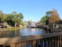 Liberty Belle Ship en el reino mágico en el día Fotos de archivo libres de regalías