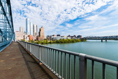 Liberty Bridge über dem Monongahela-Fluss in Pittsburgh, Pennsy Lizenzfreie Stockfotografie
