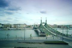 Liberty Bridge in Budapest, Ungarn Stockfotos