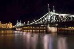 Liberty Bridge i Budapest, Ungern Royaltyfri Bild
