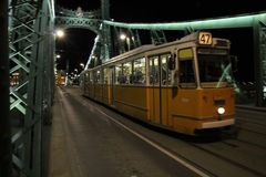 Liberty Bridge-Tram, Budapest Stockfotografie