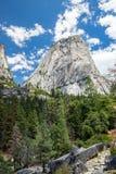 Liberty Cap in het Nationale Park van Yosemite, Californië, de V.S. Stock Afbeeldingen