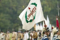 Liberty Flag am 225. Jahrestag des Sieges bei Yorktown, eine Wiederinkraftsetzung der Belagerung von Yorktown, wohin allgemeines  Lizenzfreie Stockfotos