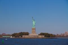 Liberty Statue-holding Stock Afbeeldingen