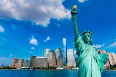 Liberty Statue and New York skyline US Royalty Free Stock Photos