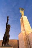 Liberty Statue på den Gellert kullen fotografering för bildbyråer