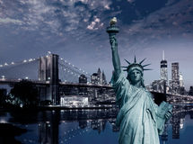 Liberty Statue und Brooklyn-Brücke New York Stockfoto