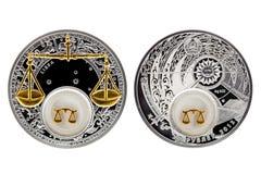 Libra астрологии серебряной монеты Беларуси стоковые фото