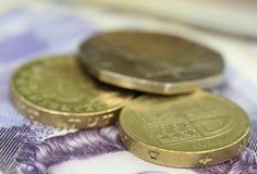 Libra británica con los billetes de banco Foto de archivo libre de regalías