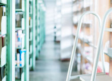 Library shelves and books Royalty Free Stock Photography