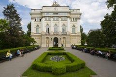 LibraryAt viejo la universidad de Varsovia, Polonia imagen de archivo