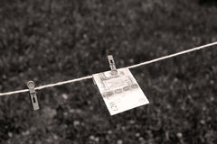 Libras britânicas das cédulas com pregadores de roupa Imagem de Stock Royalty Free