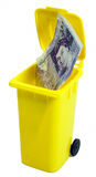 20 libras de la nota en una basura Imágenes de archivo libres de regalías