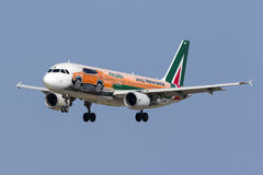 Librea especial Alitalia A320 Foto de archivo libre de regalías