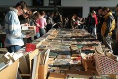 Libreria dell'aria aperta della seconda mano immagine stock