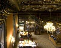 Libreria, legno dorato del teck Fotografia Stock Libera da Diritti