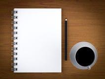 Libreta, café y lápiz en blanco Imagenes de archivo