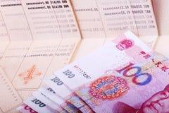 Libreta de banco y RMB Fotos de archivo libres de regalías