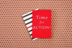 Libretas con el texto y x22; ¡Hora para la ACCIÓN! y x22; imágenes de archivo libres de regalías