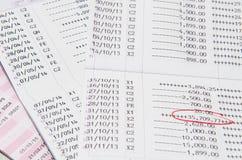Libretti di risparmio con il segno rosso, libretti di banca Immagine Stock