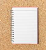 Libretto aperto su di legno Fotografia Stock Libera da Diritti