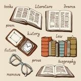 Libri, libri aperti, vecchio orologio e vetri messi Immagini Stock Libere da Diritti