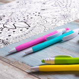Libri da colorare adulti, concetto di consapevolezza illustrazione di stock