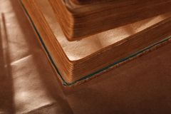 Libri dell'annata closeup fotografia stock libera da diritti