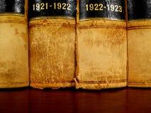 Libri di legge sulla mensola Immagini Stock Libere da Diritti