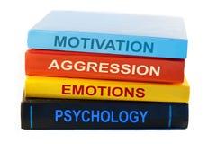Libri di psicologia su fondo bianco Fotografia Stock Libera da Diritti