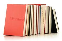 Libri sulla tabella isolata su bianco Immagine Stock Libera da Diritti