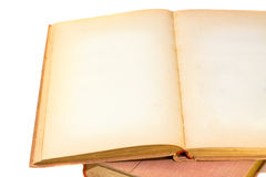 Libro abierto con las paginaciones en blanco imagen de archivo