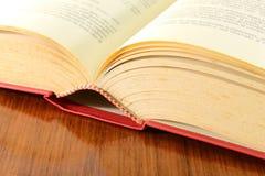 Libro abierto viejo Imagenes de archivo
