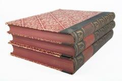 Libro antiguo viejo con textura roja decorativa Imágenes de archivo libres de regalías