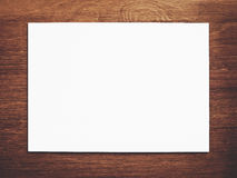 Libro Bianco su legno fotografia stock