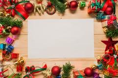 Libro Blanco con las decoraciones de la Navidad Imagen de archivo